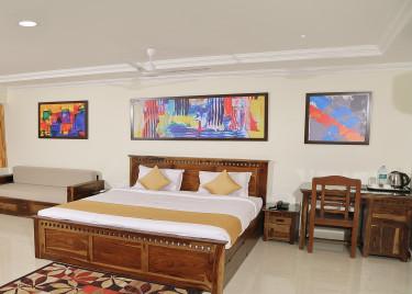 Luxury Quadruple Deluxe cottage-Celebrity resort